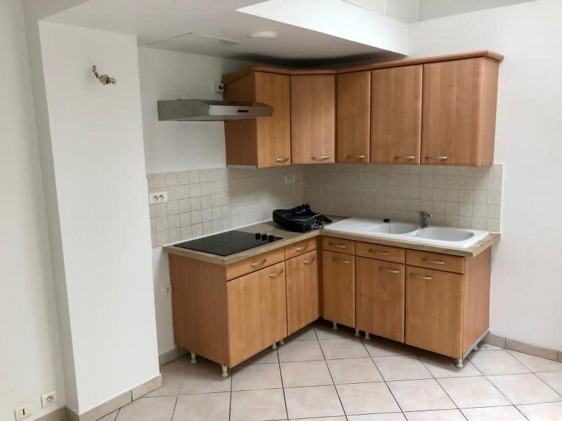 Location appartement Croissy sur seine 945€ CC - Photo 8