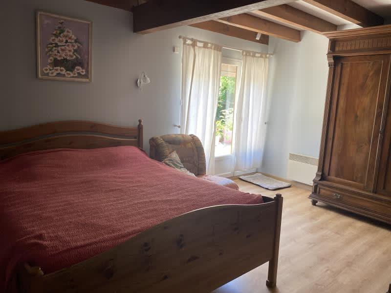 Revenda casa Bazas 250000€ - Fotografia 6