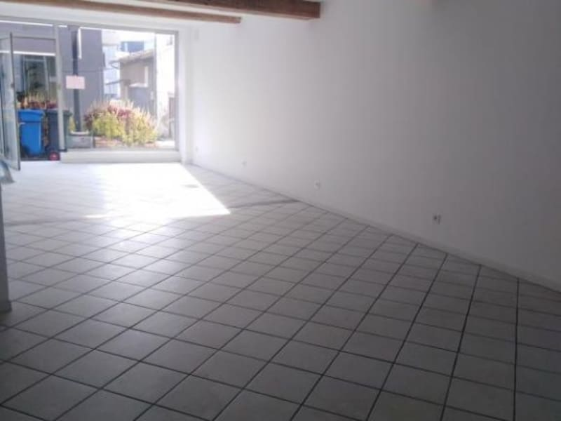 Location local commercial Pont de cheruy 480€ HC - Photo 4