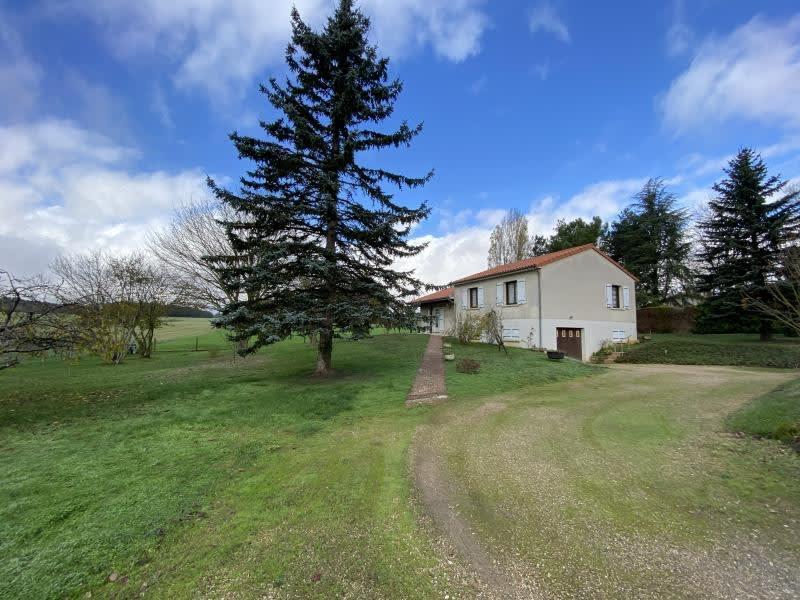 Vente maison / villa Iteuil 191000€ - Photo 2
