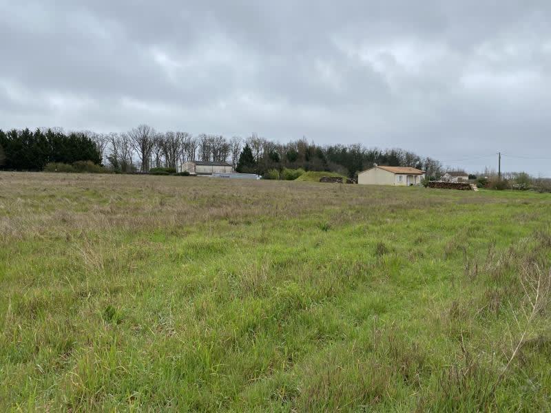 Vente terrain Iteuil 86424€ - Photo 1