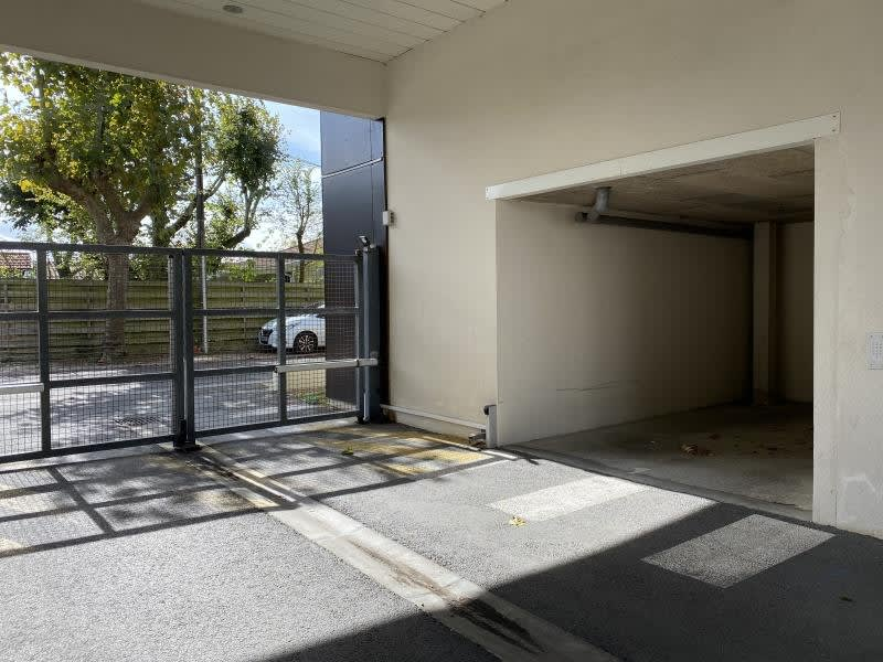 Sale apartment Ares 228800€ - Picture 2