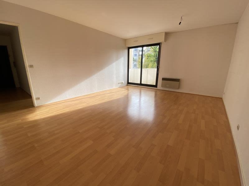Sale apartment Bordeaux 220000€ - Picture 2