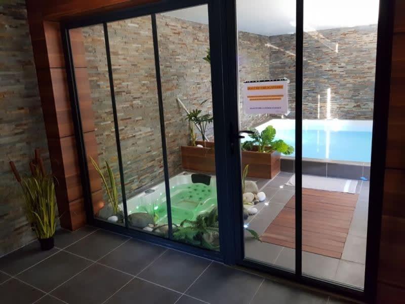 Sale house / villa St medard d aunis 780000€ - Picture 3