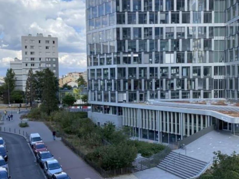 Sale apartment Courbevoie 545000€ - Picture 2