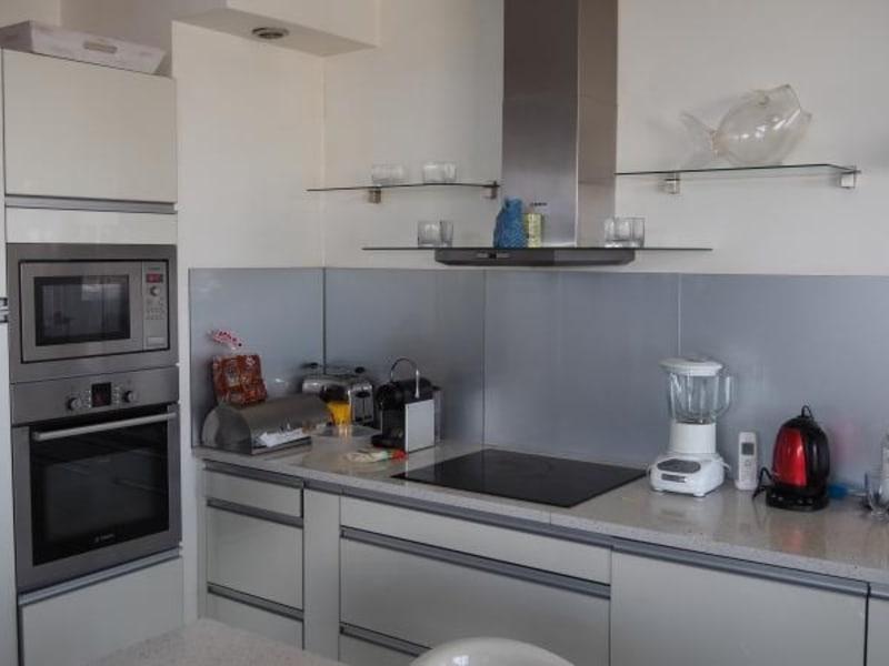 Sale apartment Courbevoie 663000€ - Picture 3