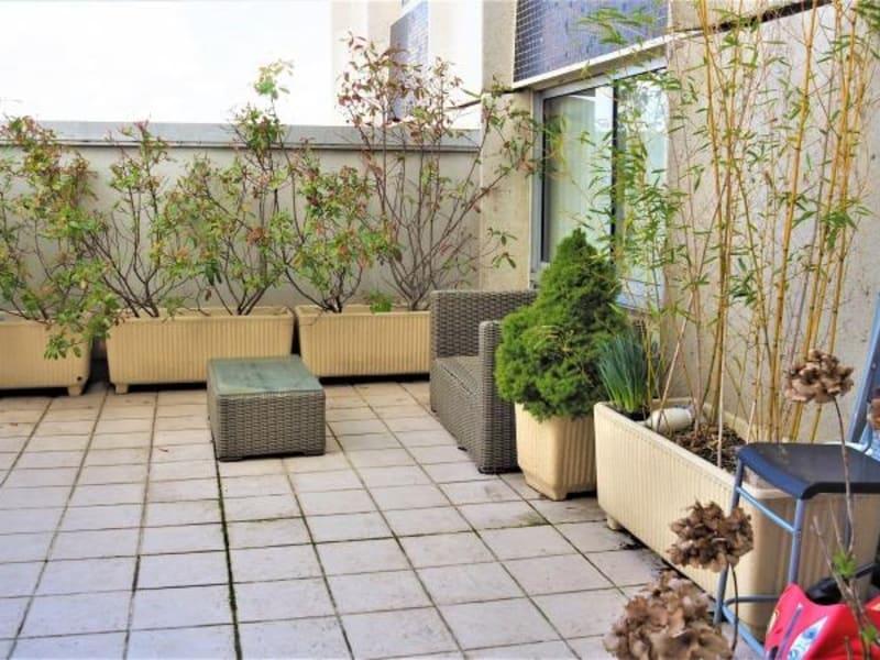 Sale apartment Courbevoie 663000€ - Picture 5