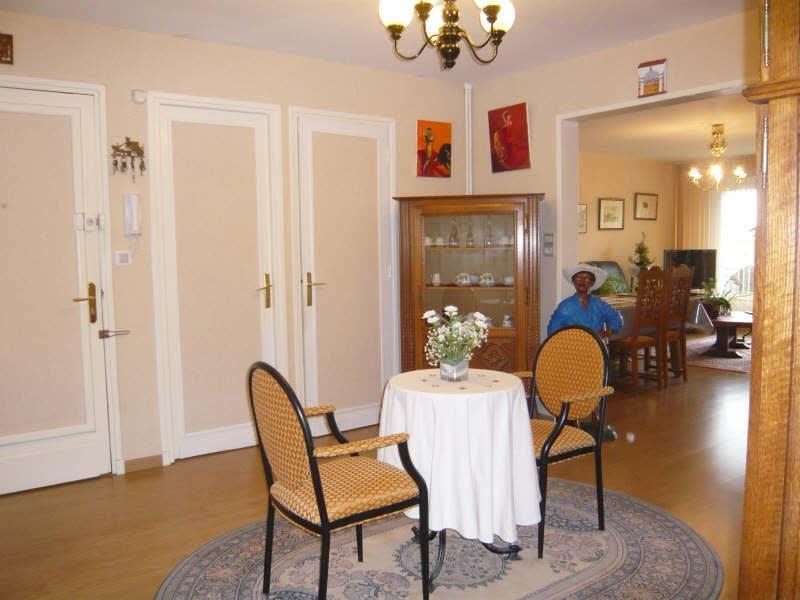 Location appartement Arras 963€ CC - Photo 5