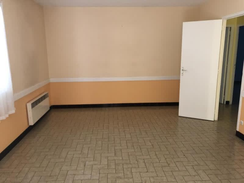 Rental office Guerigny 610€ HC - Picture 2