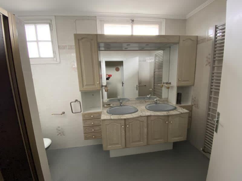 Sale house / villa Guerigny 143500€ - Picture 7