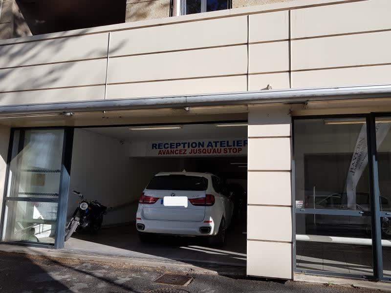 Location local commercial Salon de provence 5500€ HC - Photo 2