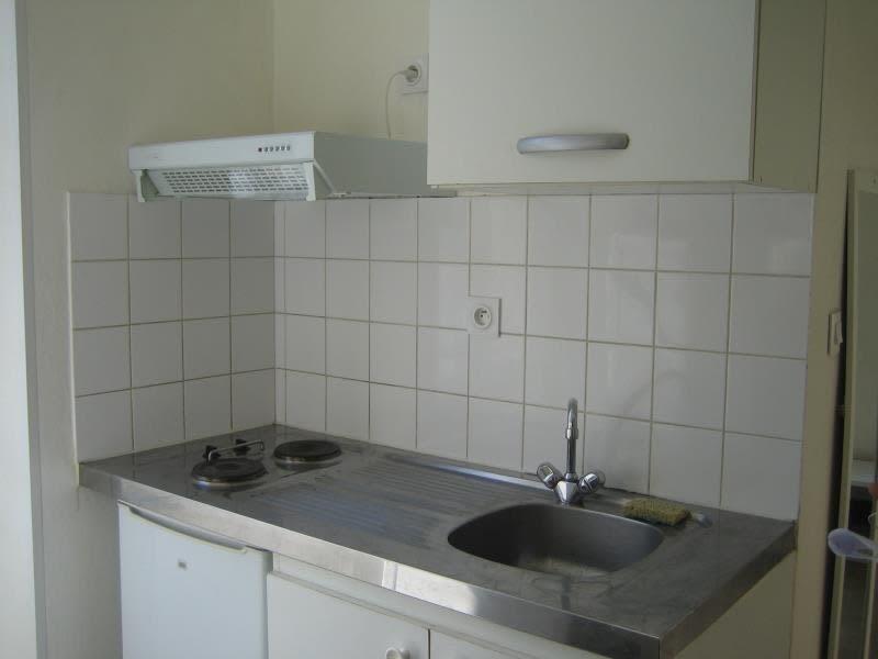 Rental apartment Perigueux 343€ CC - Picture 3