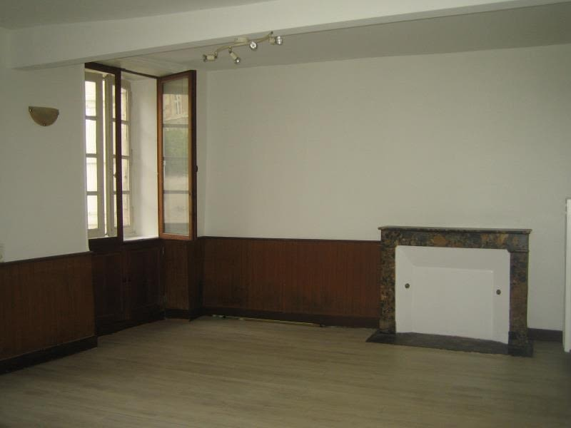 Rental apartment Perigueux 300€ CC - Picture 1