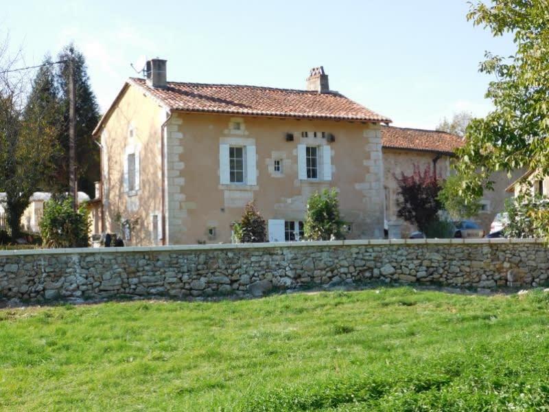 Location maison / villa St pierre de cole 680€ CC - Photo 1