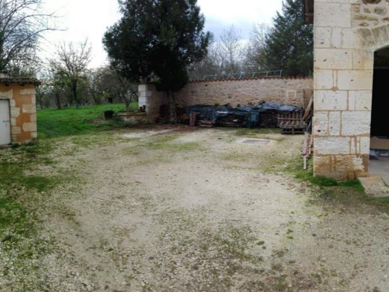Location maison / villa St pierre de cole 680€ CC - Photo 14