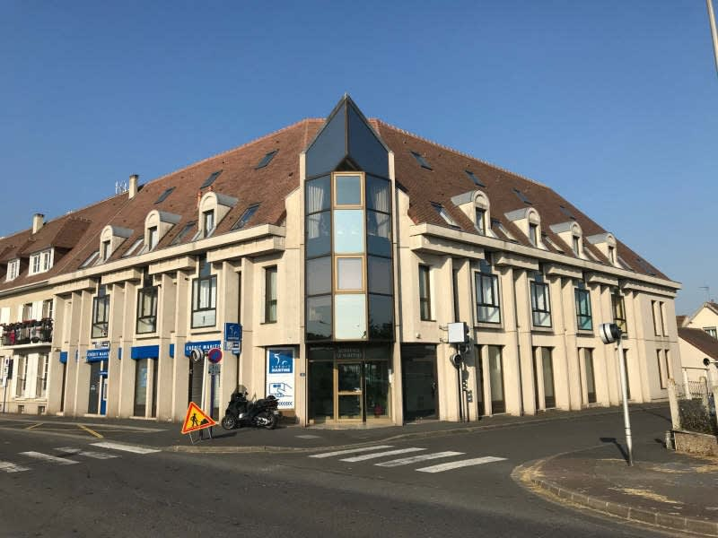 Location local commercial Ouistreham 1 500€ HC - Photo 1