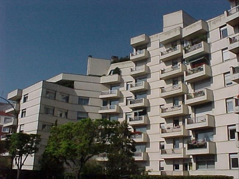 Rental parking spaces Vincennes 55€ CC - Picture 1