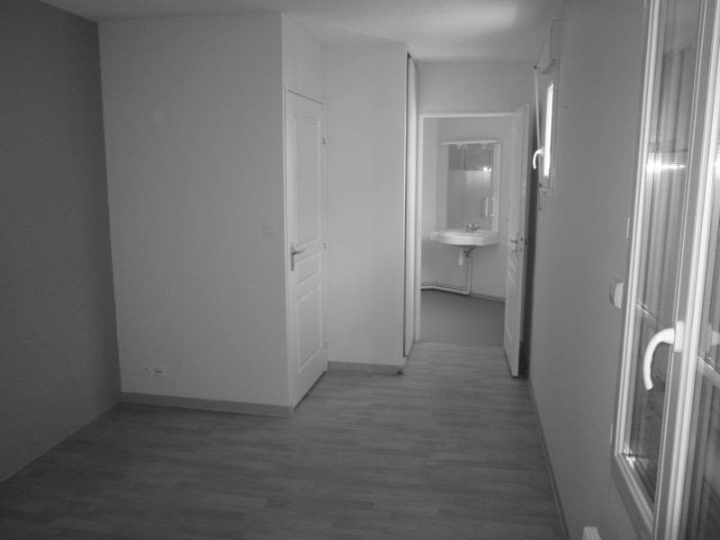 Location appartement Chauvigny 470€ CC - Photo 3
