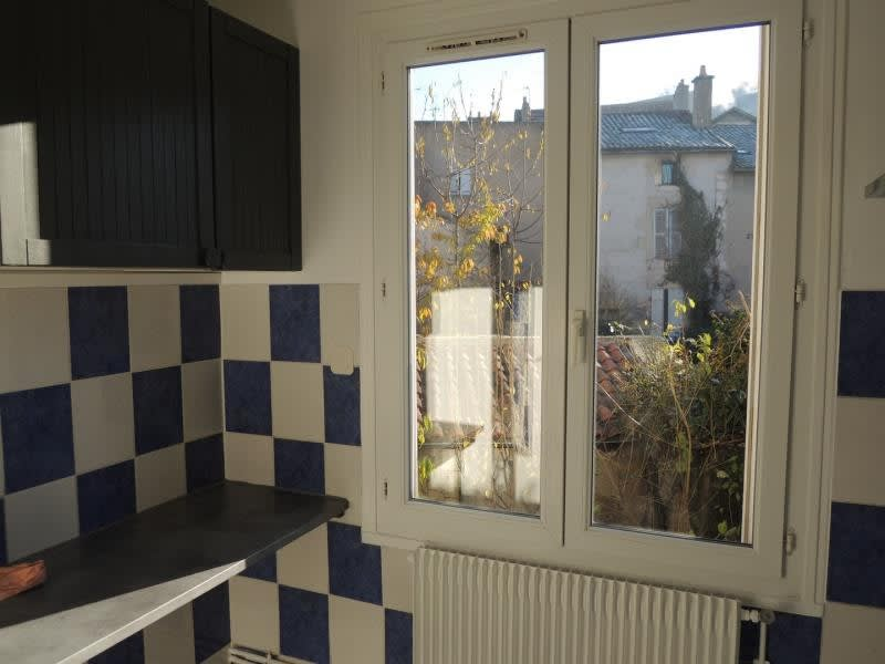 Location appartement Poitiers 470€ CC - Photo 3