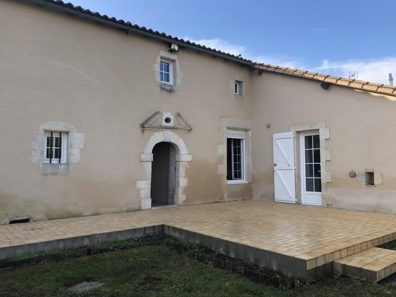 Location maison / villa Payre 720€ CC - Photo 1