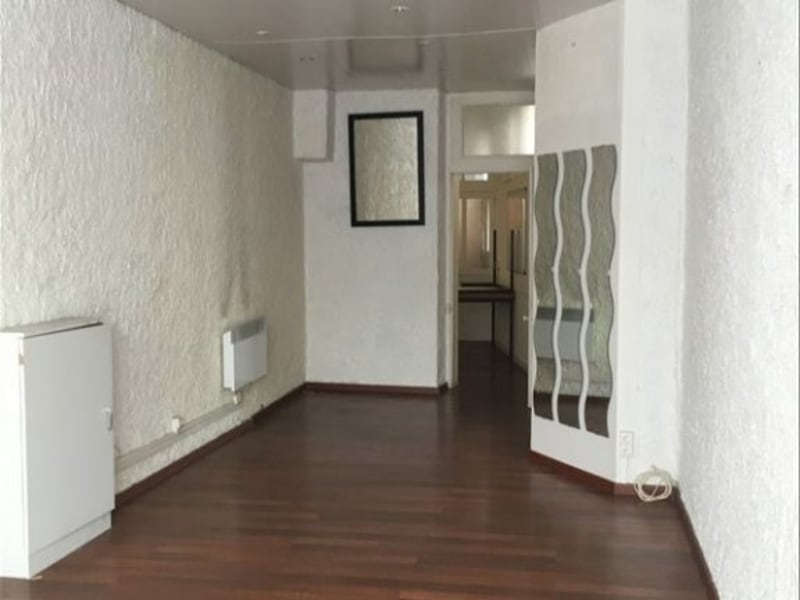 Location local commercial Cholet 490€ HC - Photo 2