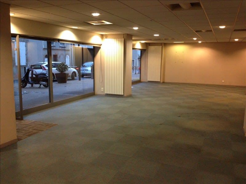 Location local commercial Cholet 1550€ HC - Photo 2