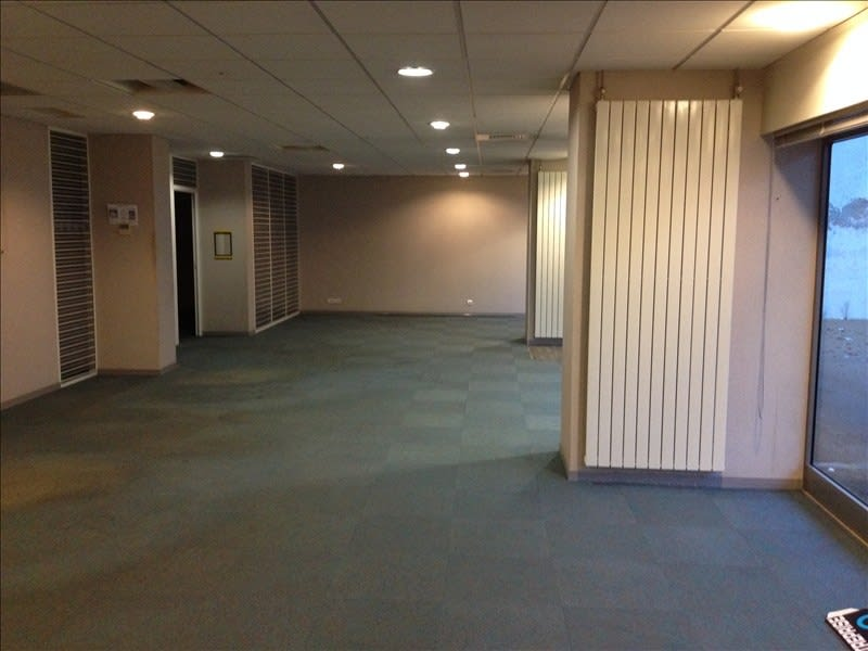 Location local commercial Cholet 1550€ HC - Photo 3