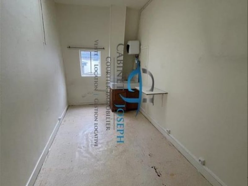 Sale apartment Paris 10ème 93 000€ - Picture 1