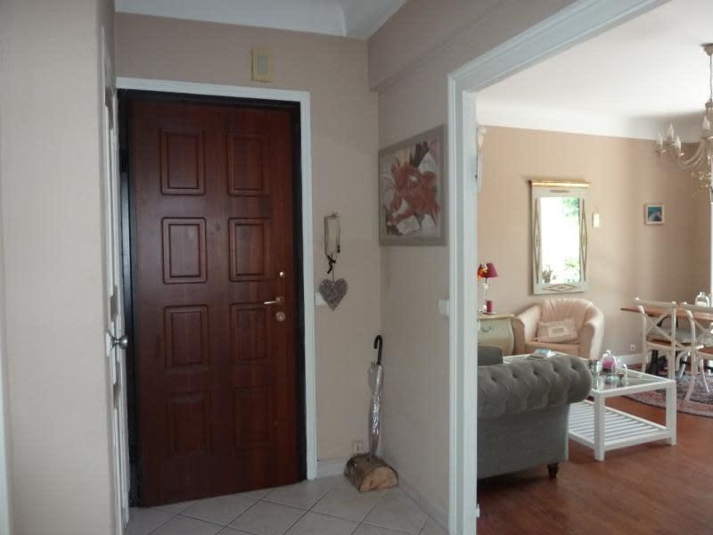 Sale apartment Pau 189000€ - Picture 2