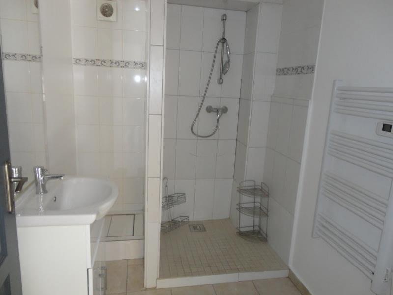 Location appartement Cluses 500€ CC - Photo 3