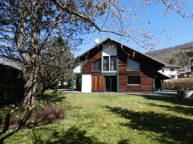 Sale house / villa Cluses 395000€ - Picture 1