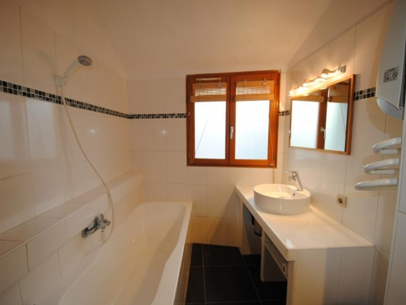 Rental apartment Draguignan 520€ CC - Picture 4