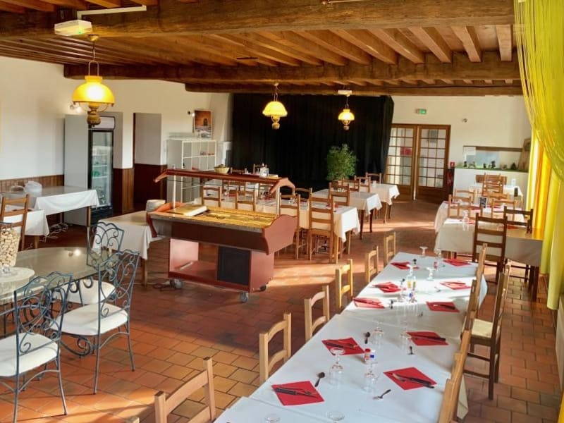 Commercial property sale shop Verneix 89000€ - Picture 1