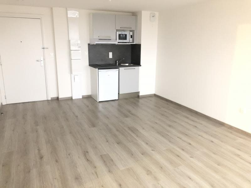 Rental apartment Strasbourg 780€ CC - Picture 2