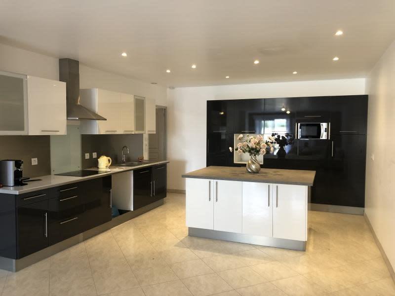 Sale apartment Cheptainville 325000€ - Picture 1