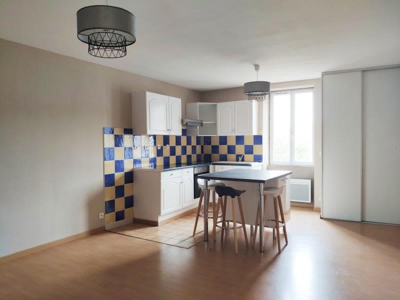Rental apartment Mazamet 422€ CC - Picture 1