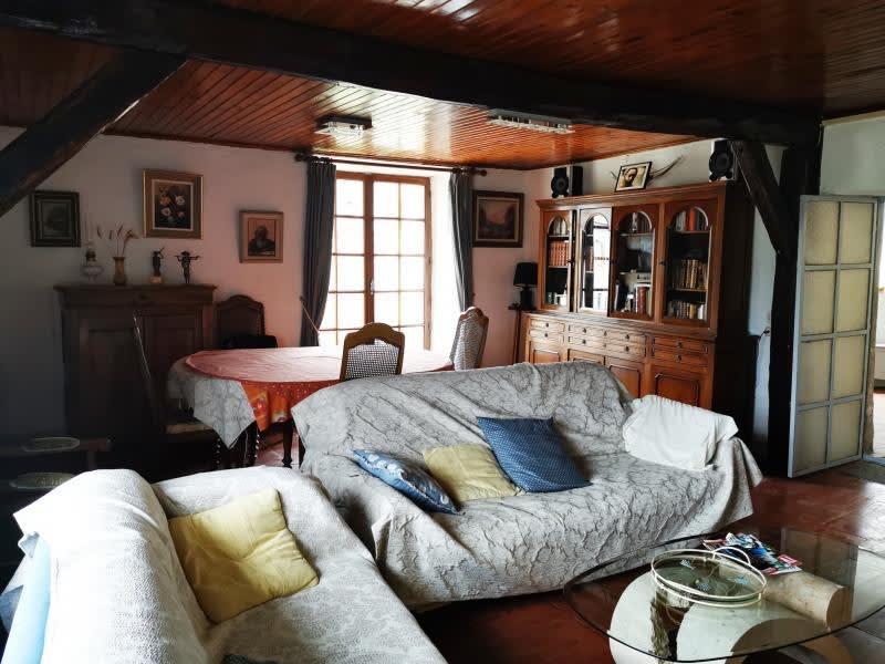 Sale house / villa Rouairoux 130000€ - Picture 3