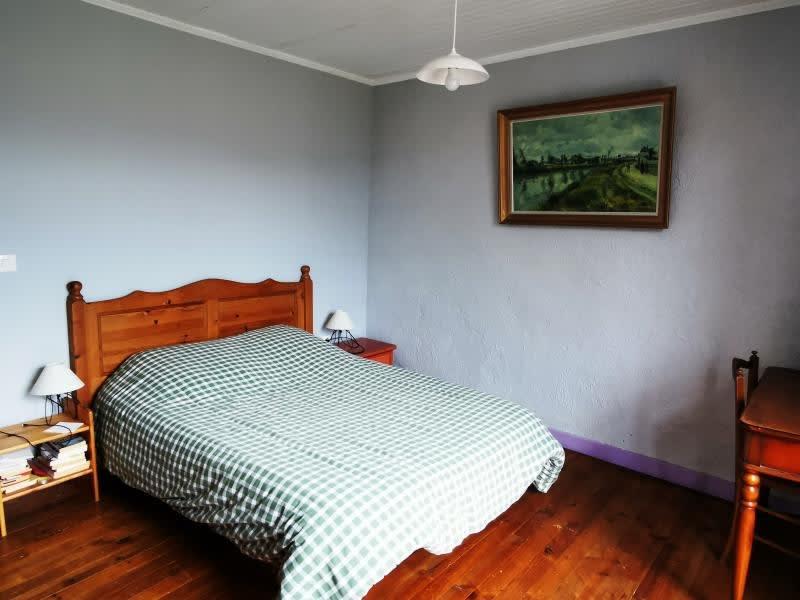 Sale house / villa Rouairoux 130000€ - Picture 6