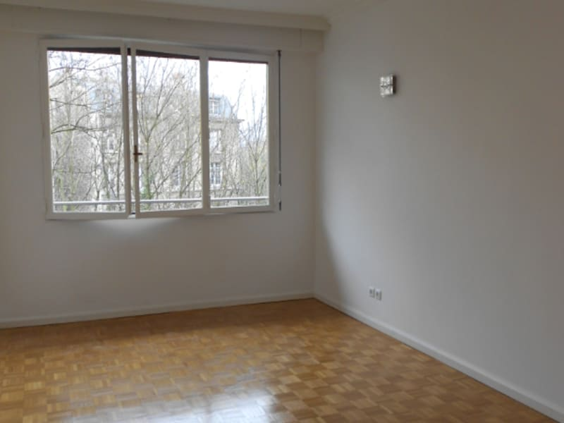 Location appartement Paris 16ème 3 550€ CC - Photo 3