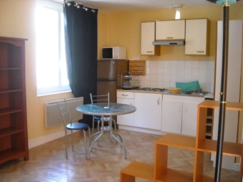 Rental apartment Saint aignan 390€ CC - Picture 1