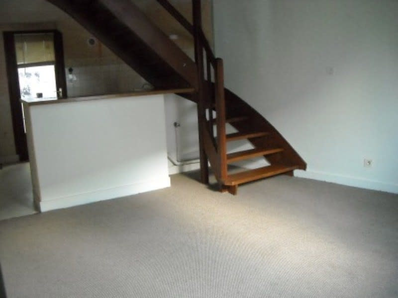 Rental apartment Saint aignan 440€ CC - Picture 2