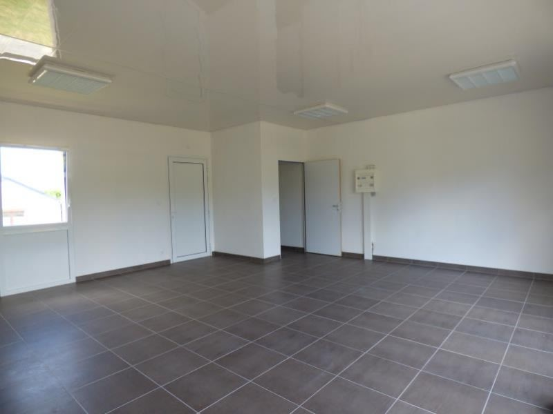 Location local commercial Berhet 350€ HC - Photo 1