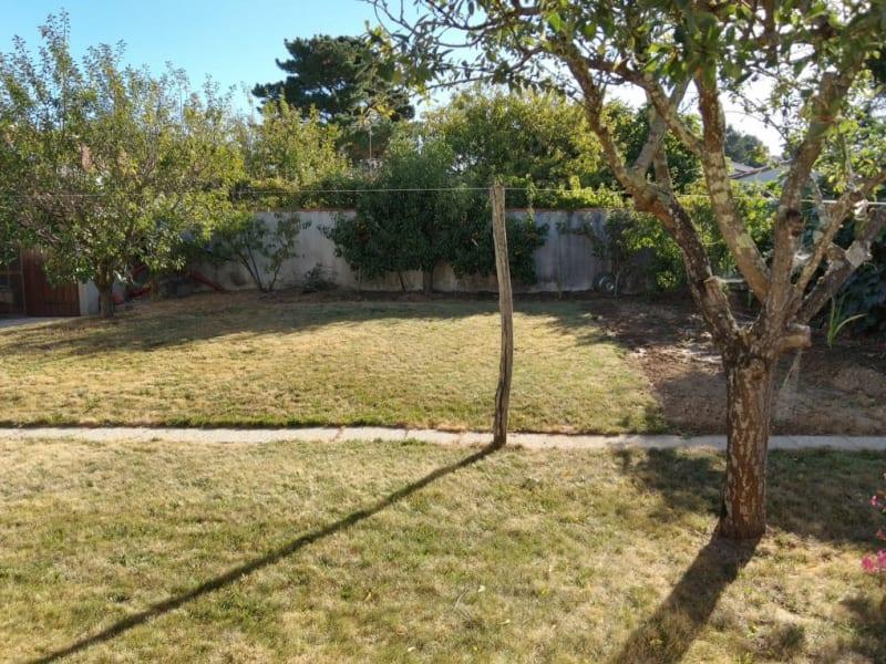 Sale house / villa St vincent sur jard 248800€ - Picture 3