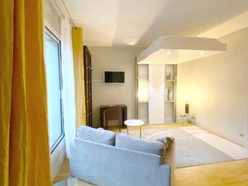 Levallois-Perret - 1 pièce(s) 28 m2 - avec terrasse - en meublé
