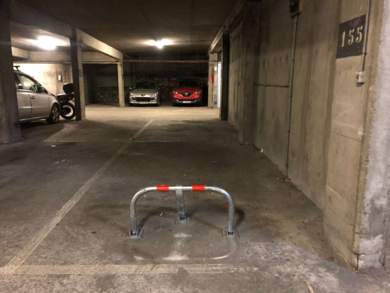 Rental parking spaces Boulogne billancourt 120€ CC - Picture 1