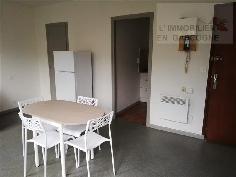 Rental apartment Auch 360€ CC - Picture 3
