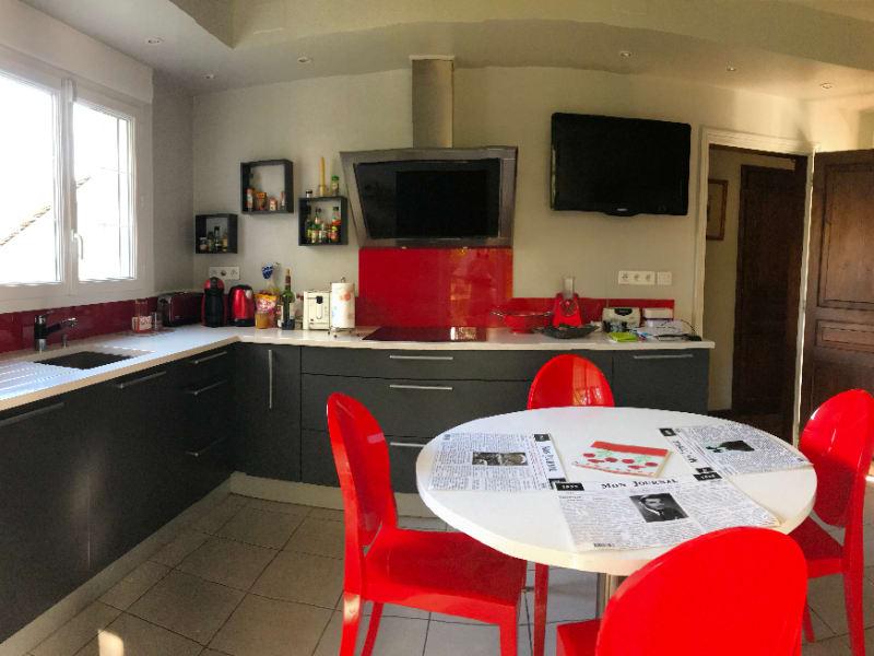 Sale house / villa Lescar 371000€ - Picture 3