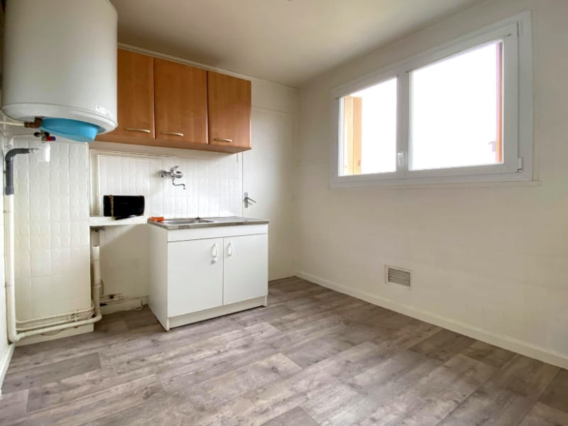 Location appartement Les clayes sous bois 880€ CC - Photo 2