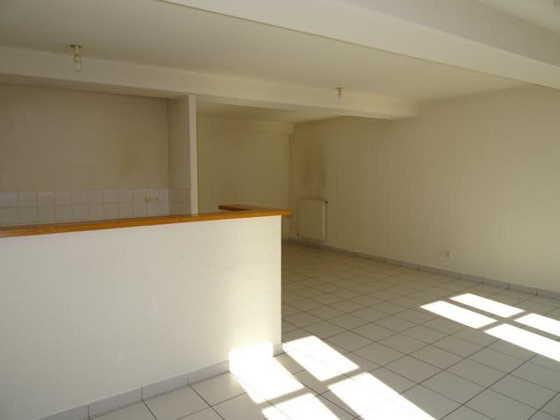 Location appartement Roanne 395€ CC - Photo 3