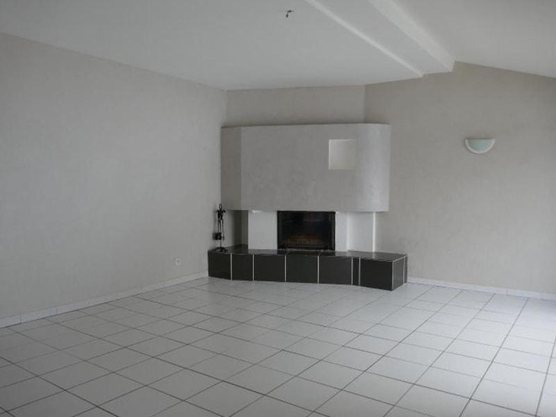 Rental house / villa Ceignes 702€ CC - Picture 2